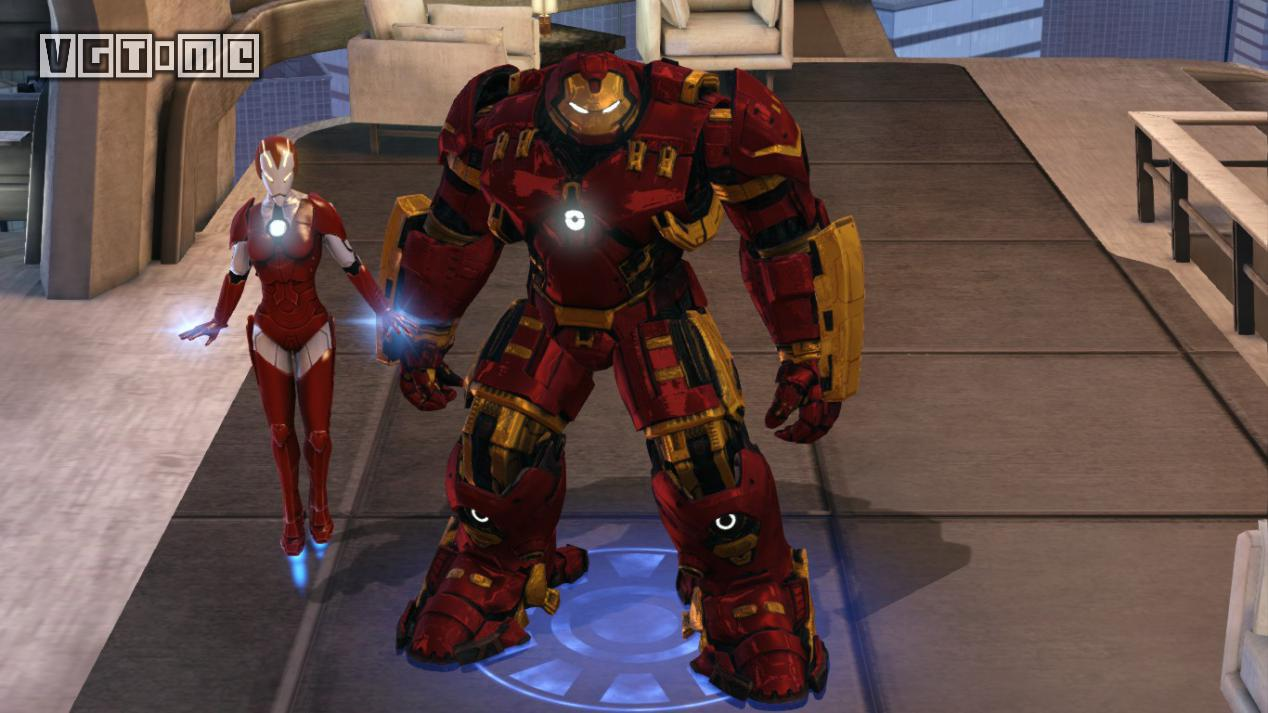 身穿电影版反浩克装甲的钢铁侠和身穿马克1616装甲的救援(小辣椒)